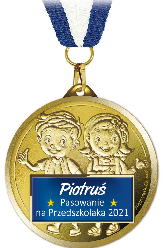 Medal Med-206 z nadrukowanym imieniem dziecka oraz rokiem pasowania