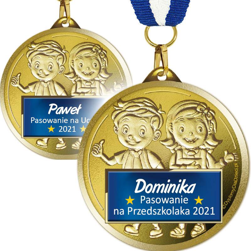 Medale na pasowanie z nadrukowanymi imionami dzieci